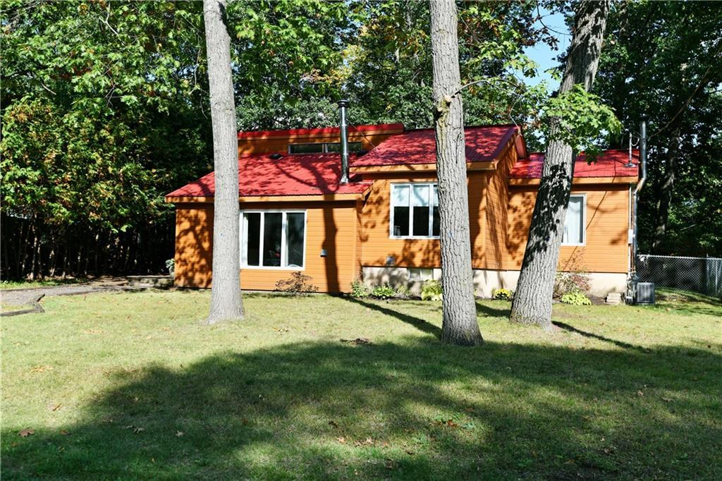 Removed: 136 Woods Road, Ottawa, ON - Removed on 2019-11-12 06:45:08