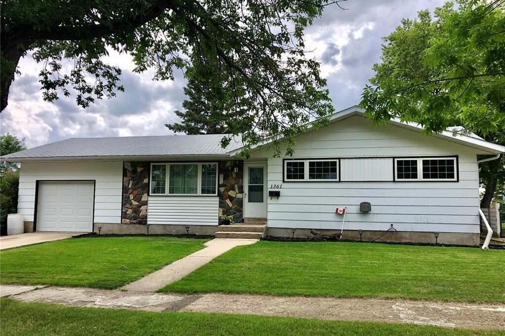 House for sale at 1361 94th St North Battleford Saskatchewan - MLS: SK815572