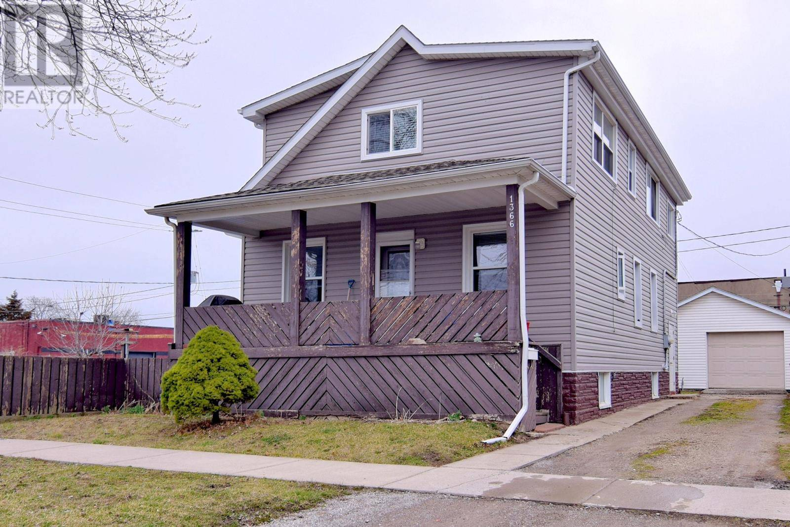 Townhouse for sale at 1366 Hickory  Windsor Ontario - MLS: 20003681