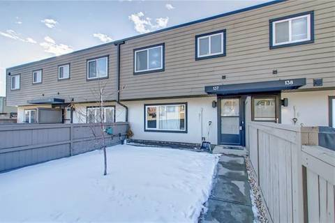 Townhouse for sale at 3809 45 St Southwest Unit 137 Calgary Alberta - MLS: C4243362