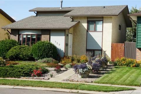 House for sale at 137 Bluefox Blvd N Lethbridge Alberta - MLS: LD0180625