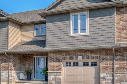 Townhouse for sale at 137 Brown St Port Dover Ontario - MLS: 40013125