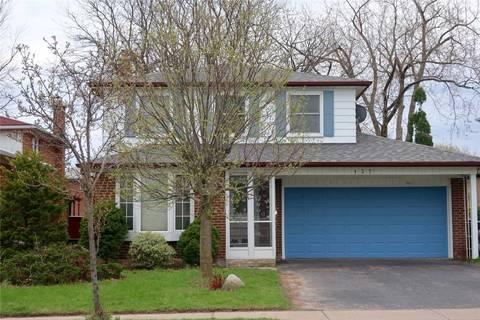 House for sale at 137 Chartland Blvd Toronto Ontario - MLS: E4451258