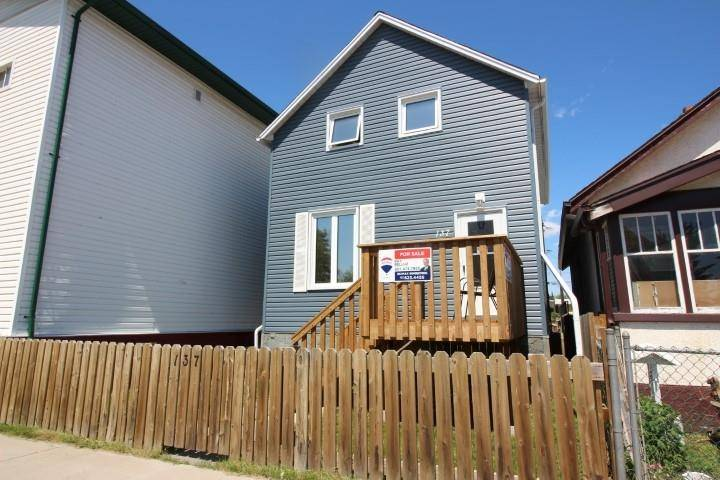 House for sale at 137 Heron St Thunder Bay Ontario - MLS: TB193670
