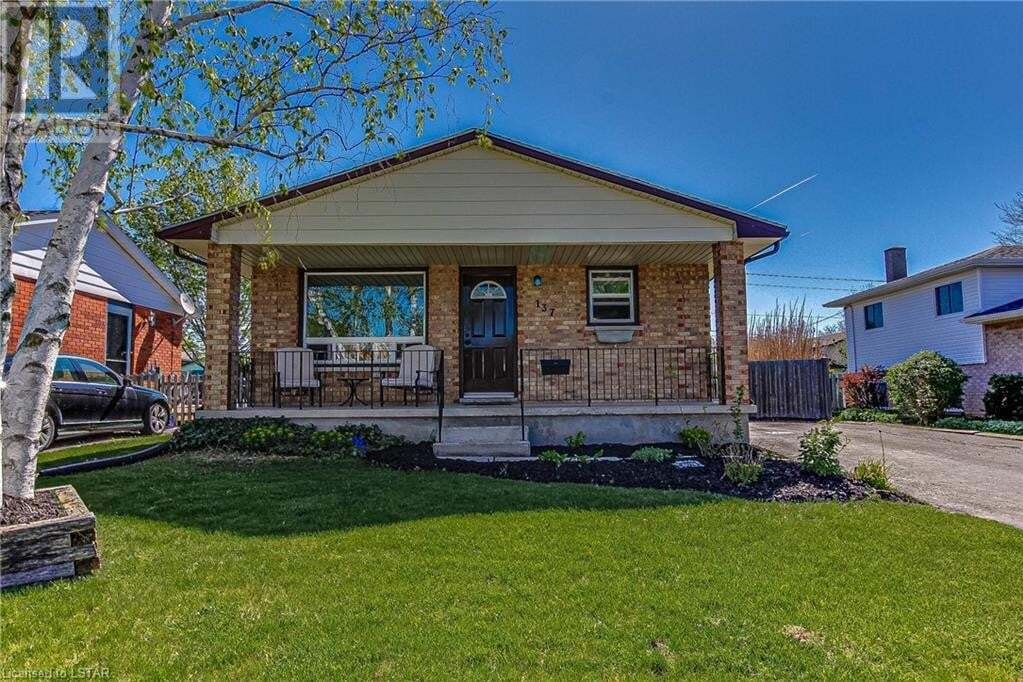 House for sale at 137 Highview Dr St. Thomas Ontario - MLS: 261173