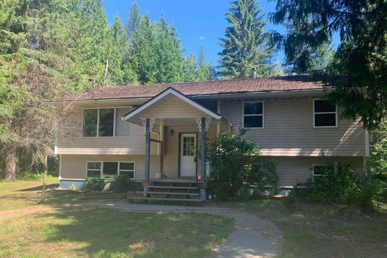 House for sale at 137 Liness Road  Salmo British Columbia - MLS: 2453334