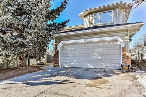House for sale at 137 Riverview Ct Southeast Calgary Alberta - MLS: C4223327