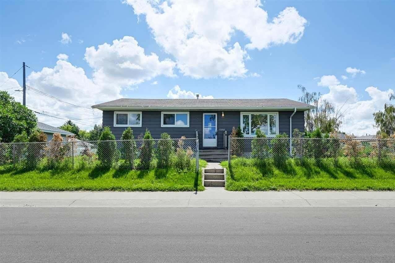 House for sale at 13707 137 Av NW Edmonton Alberta - MLS: E4204975