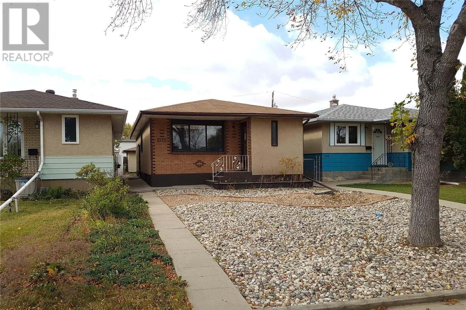 House for sale at 1372 Rupert St Regina Saskatchewan - MLS: SK828315