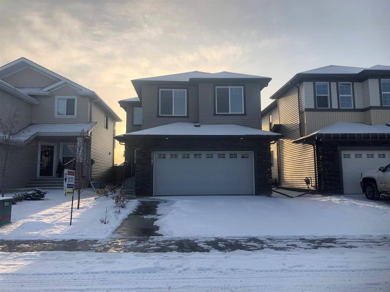 House for sale at 13731 166 Ave Nw Edmonton Alberta - MLS: E4177679