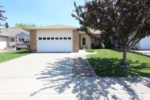 House for sale at 1375 Hahn Cres N Regina Saskatchewan - MLS: SK779028