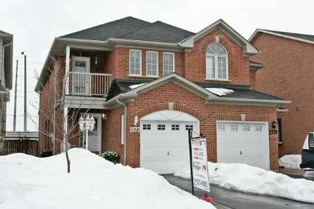 Townhouse for rent at 1377 Spring Garden Ct Mississauga Ontario - MLS: W4693694
