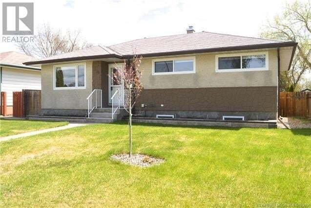 House for sale at 1378 Mckenzie Cres Northwest Medicine Hat Alberta - MLS: MH0193038