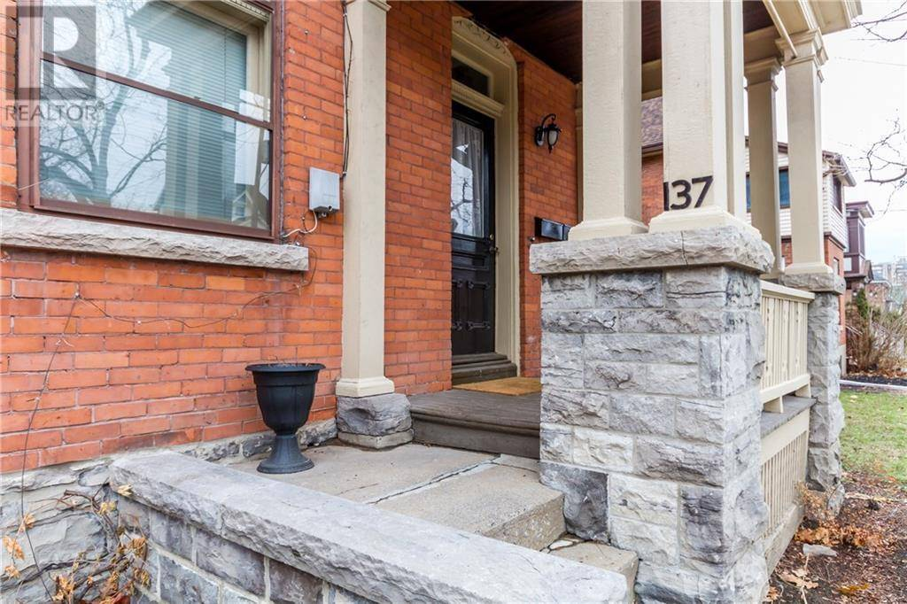 Apartment for rent at 137 Hawthorne Ave Ottawa Ontario - MLS: 1177226