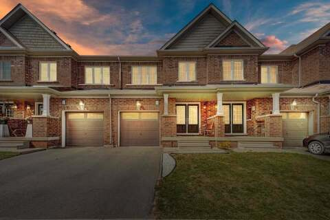 Townhouse for sale at 138 Baffin Cres Brampton Ontario - MLS: W4923741