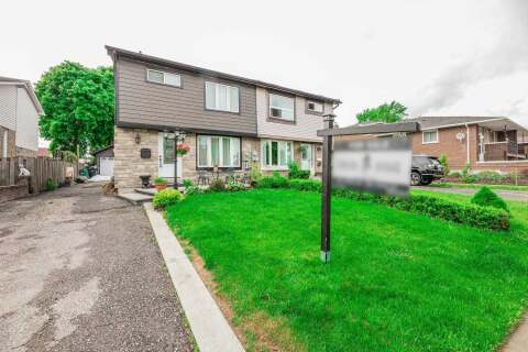 Townhouse for sale at 138 Beech St Brampton Ontario - MLS: W4778064