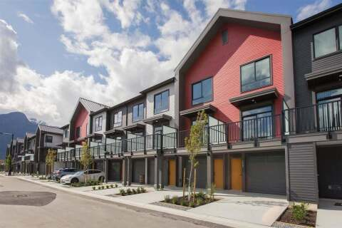 Townhouse for sale at 1387 Valleyside Pl Squamish British Columbia - MLS: R2465219