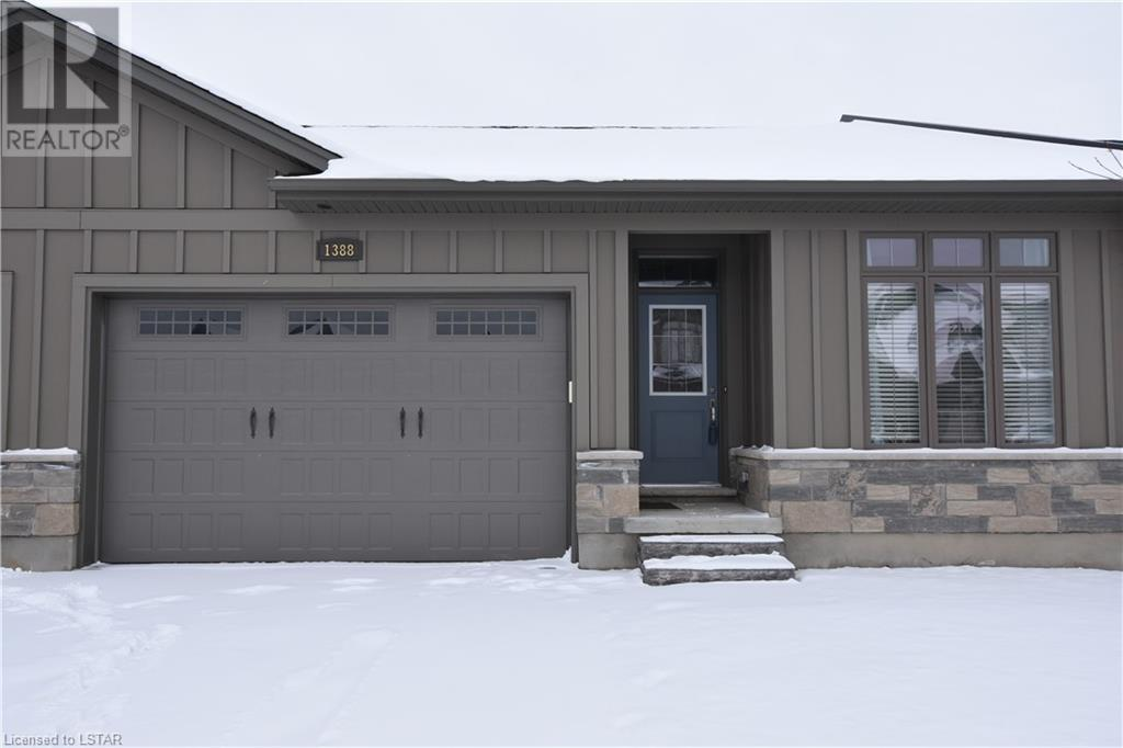 Removed: 1388 North Wenige Drive, London, ON - Removed on 2020-01-09 05:06:14
