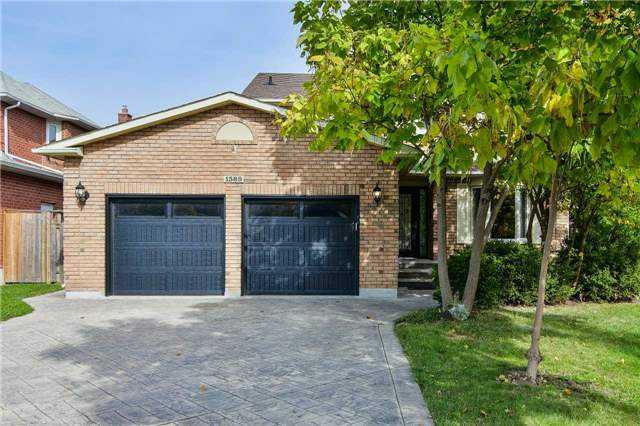 Sold: 1389 Will Scarlett Drive, Oakville, ON