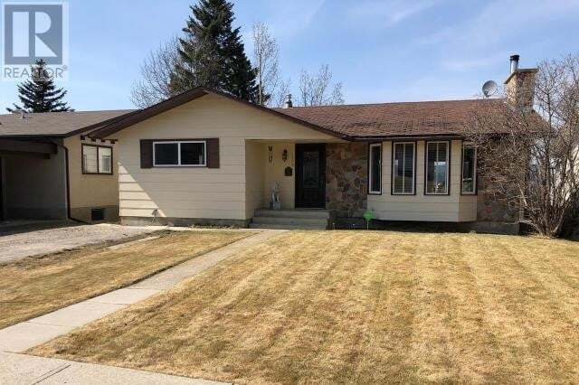 House for sale at 139 Cheviot Dr Hinton Hill Alberta - MLS: 52206