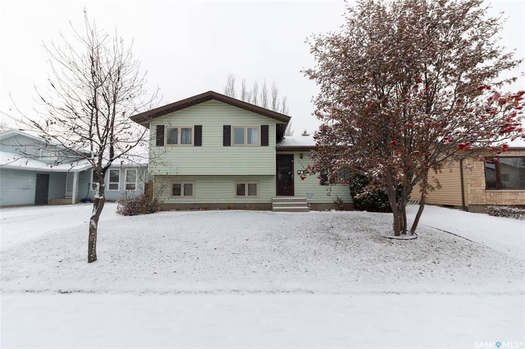 House for sale at 139 Rowles Rd Saskatoon Saskatchewan - MLS: SK790712