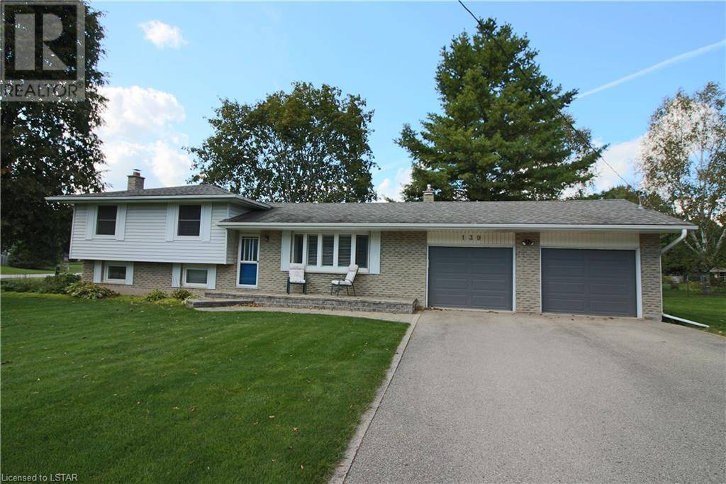 House for sale at 139 Simcoe Cres Komoka Ontario - MLS: 214585