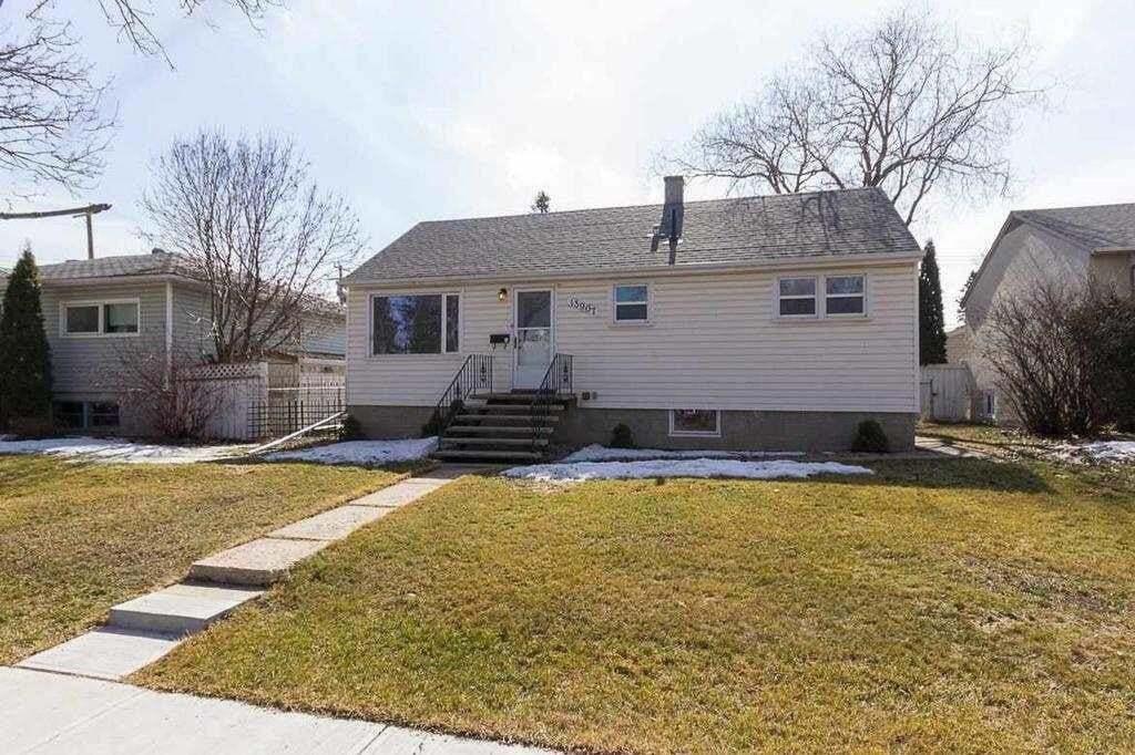 House for sale at 13907 107a Av NW Edmonton Alberta - MLS: E4204741