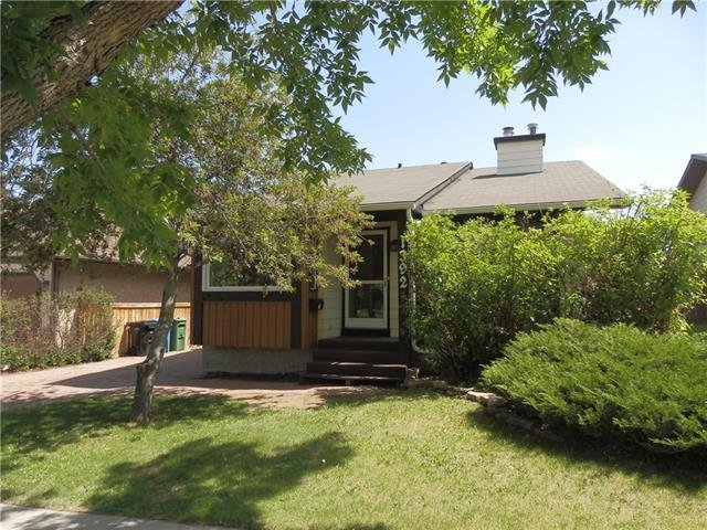 Sold: 1392 Berkley Drive Northwest, Calgary, AB