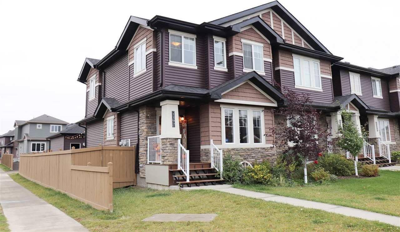 House for sale at 1392 Watt Dr Sw Edmonton Alberta - MLS: E4176329