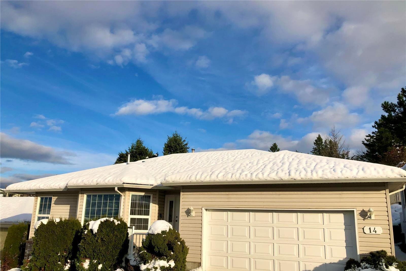 House for sale at 1120 12 St Northeast Unit 14 Salmon Arm British Columbia - MLS: 10218877