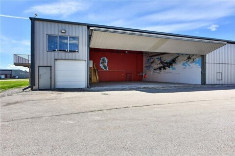 Commercial property for sale at 152 Maclaurin Dr Unit 14 Rural Rocky View County Alberta - MLS: C4301890
