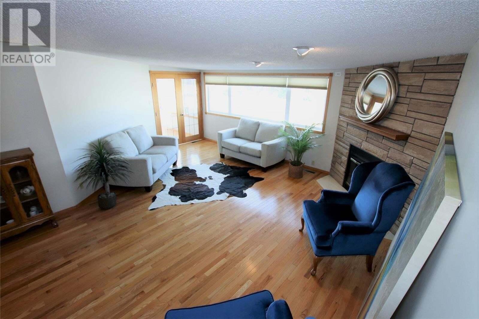 Townhouse for sale at 275 Alpine Cres Unit 14 Swift Current Saskatchewan - MLS: SK824083