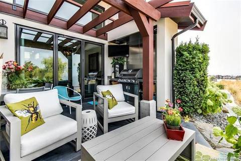 Townhouse for sale at 3756 Lakeshore Rd Unit 14 Kelowna British Columbia - MLS: 10171838