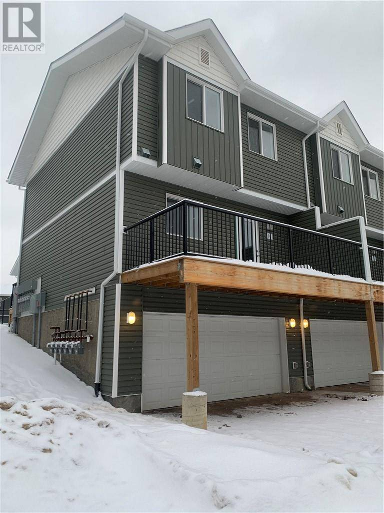 Townhouse for sale at 401 Athabasca Ave Unit 14 Fort Mcmurray Alberta - MLS: fm0188066