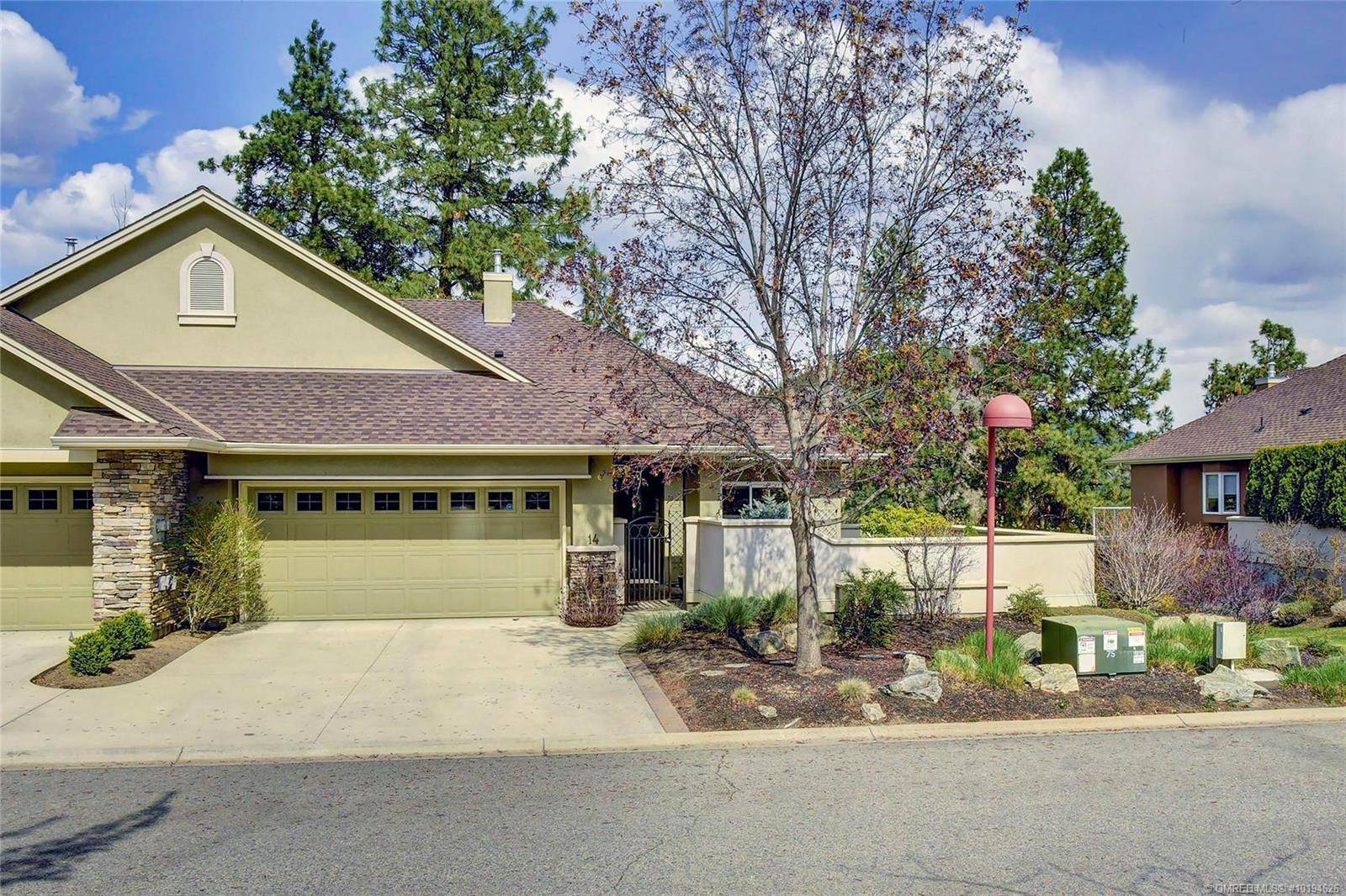Townhouse for sale at 4520 Gallaghers Lookout Unit 14 Kelowna British Columbia - MLS: 10194626