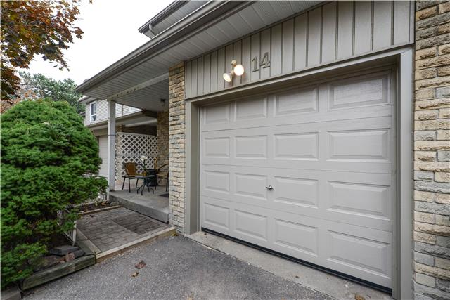 Buliding: 5536 Montevideo Road, Mississauga, ON