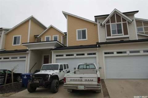 Townhouse for sale at 600 Maple Cres Unit 14 Warman Saskatchewan - MLS: SK814969