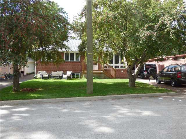 Removed: 14 Aleda Street, Barrie, ON - Removed on 2016-10-18 10:08:12