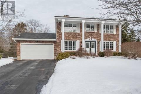 House for sale at 14 Andrea Lynn Ave Dartmouth Nova Scotia - MLS: 201904877