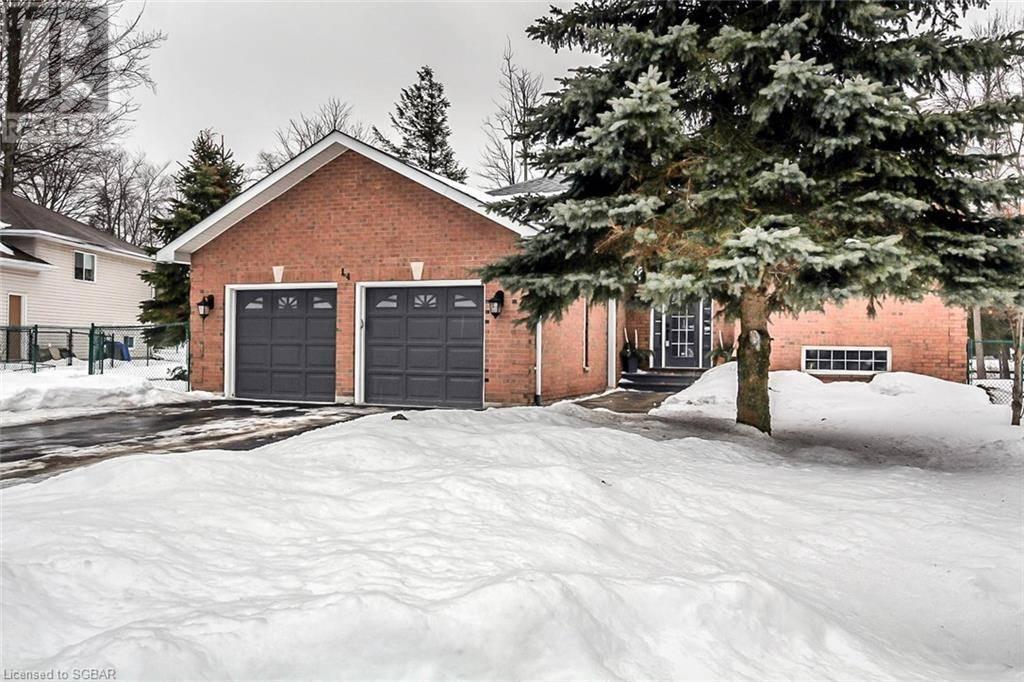 House for sale at 14 Birchmount Circ Wasaga Beach Ontario - MLS: 247357