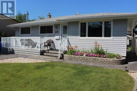 House for sale at 14 Bird By Regina Saskatchewan - MLS: SK799683