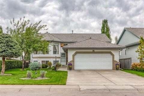 House for sale at 14 Bow Ridge Rd Cochrane Alberta - MLS: C4305231