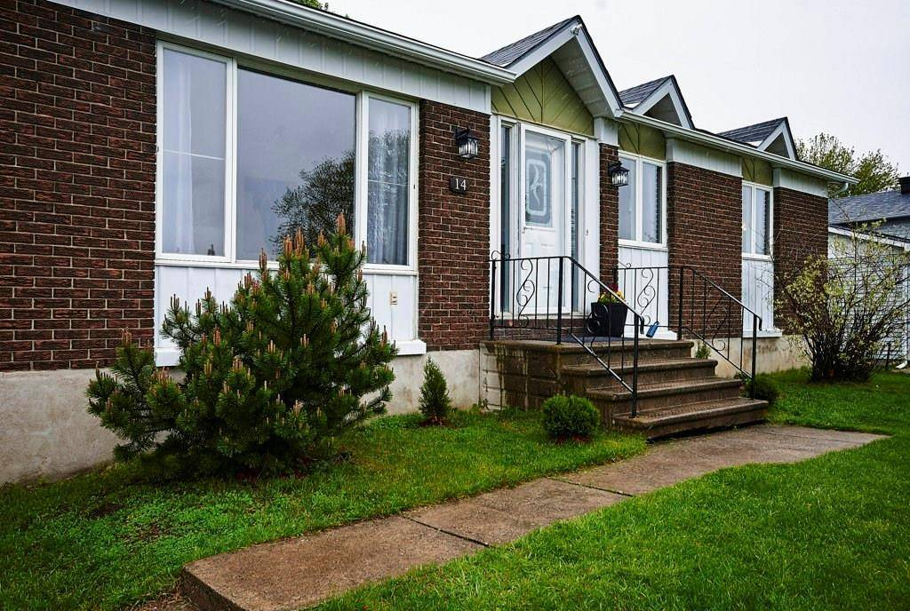 House for sale at 14 Castlebeau St Embrun Ontario - MLS: 1169113