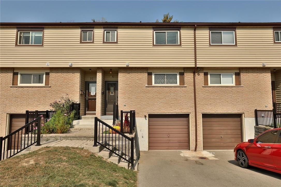 Townhouse for sale at 14 Claudette Gt Hamilton Ontario - MLS: H4089339