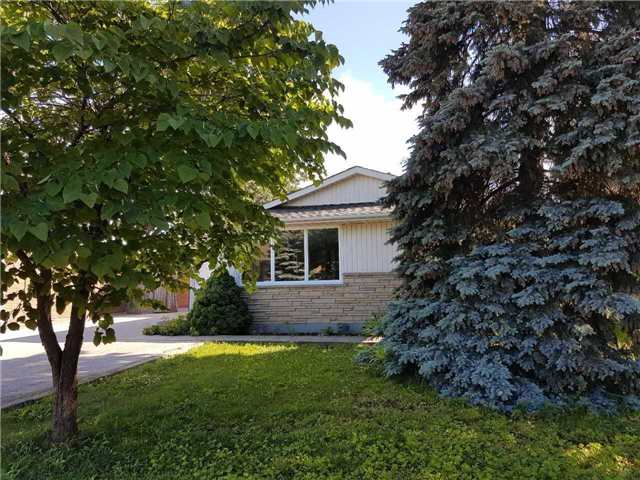 Sold: 14 Clifton Downs Road, Hamilton, ON