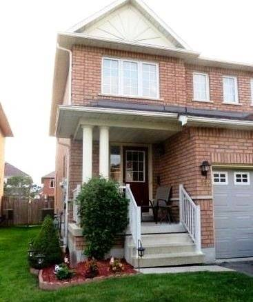 Townhouse for rent at 14 Davidson St Whitby Ontario - MLS: E4672511