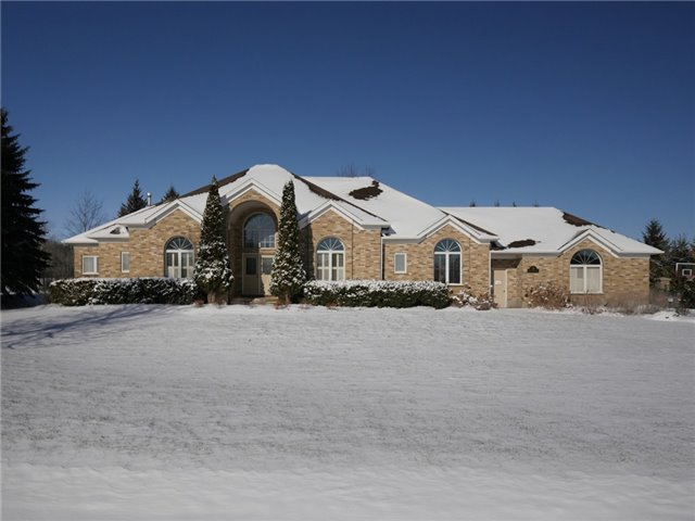 For Sale: 14 Deer View Ridge, Puslinch, ON   3 Bed, 5 Bath House for $1,449,000. See 20 photos!