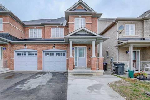 Townhouse for sale at 14 Delport Clse Brampton Ontario - MLS: W4558950