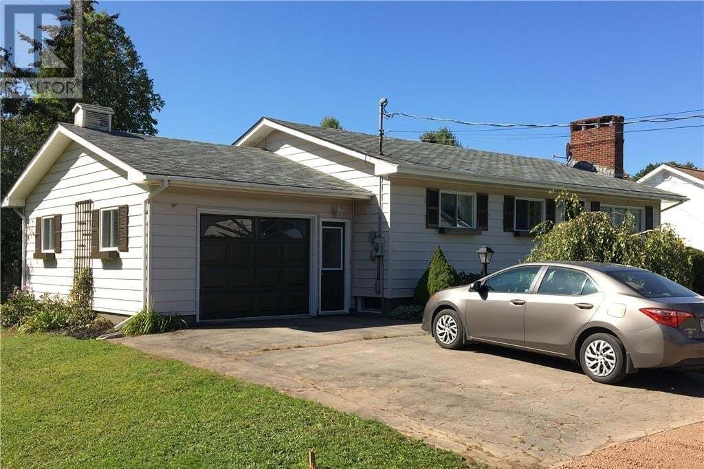 House for sale at 14 Golding St Sussex New Brunswick - MLS: NB034462