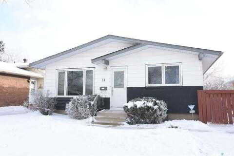 House for sale at 14 Harlton By Regina Saskatchewan - MLS: SK798667